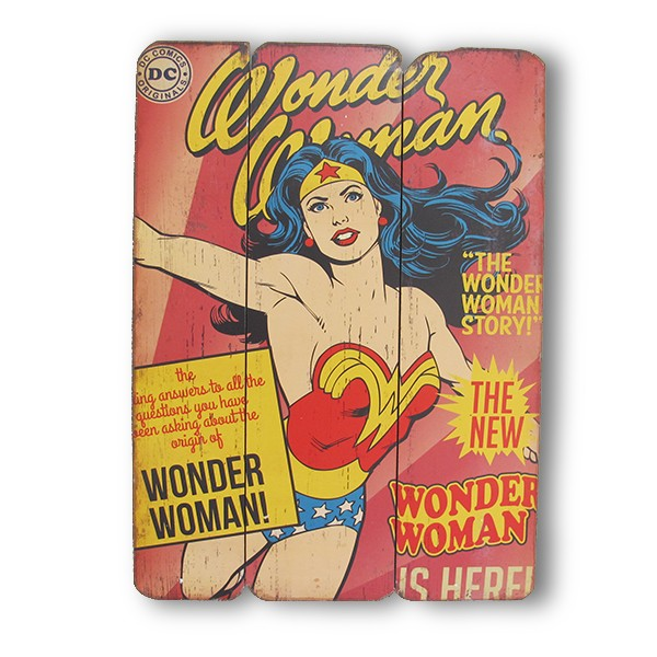Wooden plate Wonder Woman Cover Page